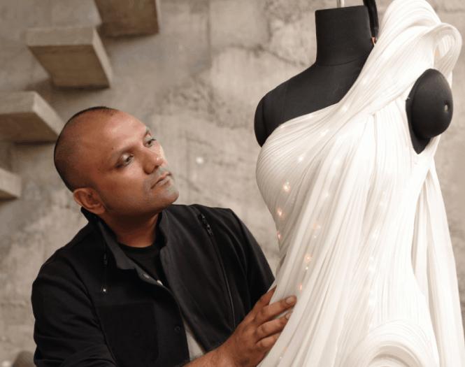 Wworld's first AI-inspired saree